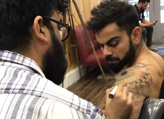 Virat was also recently spotted at a famous tattoo parlor in Mumbai.